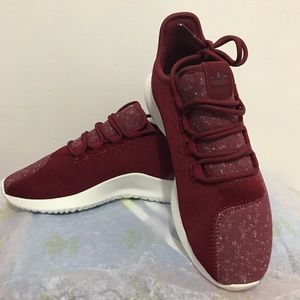 🤑ONE DAY SALE BRAND NEW W/O Tag.. Adidas Sneakers